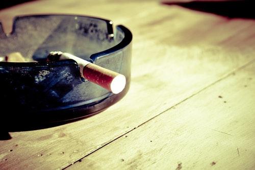 Afgiftsstigning på cigaretter vil medføre butiksdød