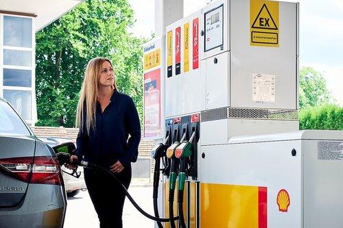 Danske Shell tankstationer upåvirket af raffinaderi-salg
